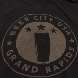 Size M Beer City USA Grand Rapids Michigan tee